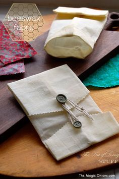 How to make beeswax fabric lunch wraps : www.theMagicOnions.com