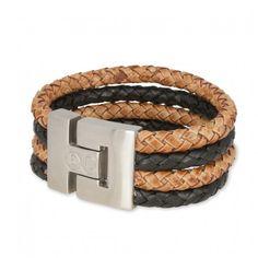 B&L Leather   Man   Armband   Combi Zwart Bruin *** Stoere mannenarmbanden in een mooie combi van diverse leersoorten met prachtige kleuren. De armband van B&L Leather heeft een breedte van 3 cm en sluit met een magneetsluiting. Deze armband is in de combinatie zwart met bruin.