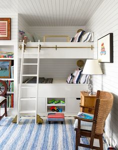Markham Roberts was tasked with a challenge to make his client's home in Nantucket feel like her grandmothers with old-school charm and attention to detail. Architectural Digest, Kid Beds, Bunk Beds, Nantucket Home, Nantucket Island, Bunk Rooms, Boy Bedrooms, Girls Bedroom, Room Girls