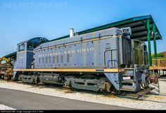 RailPictures.Net Photo: B&O 633 Baltimore & Ohio (B&O) SW900 at Baltimore, Maryland by Chris J. Allen