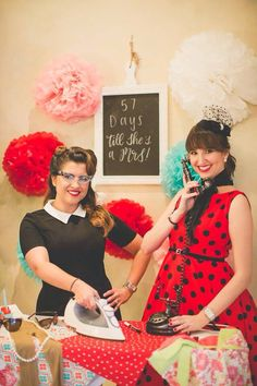 014227eee771 Everyone got into the fun. Yamila Castiel Hernandez · 1950 s theme bridal  shower · Pin up 50s Housewife ...