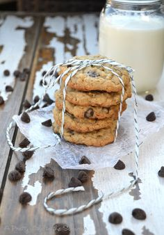 Rewind! Chocolate Chip Oatmeal Cookies - A Pretty Life In The Suburbs
