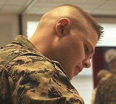 High and tight: Photo Soldier Haircut, Short Hair Cuts, Short Hair Styles, High And Tight Haircut, Shaving Your Head, Haircuts For Men, Men's Haircuts, Military Men, Military Hairstyles