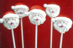 Santa Cake Pop DIY by @Bakerella  What a great idea for a holiday party!  My elves can't wait to try this DIY!