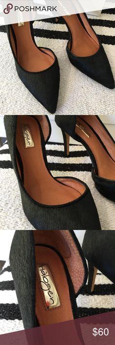 Nordstrom Halogen Black Pony Hair Heels 6.5M Nordstrom Halogen Black Pony Hair Heels 6.5M; with original box. SLIGHTLY worn in bottom (see photo). Halogen Shoes Heels