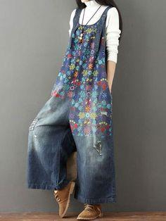 Laie Wide Leg Denim Overall Vintage Printed Flower Jumpsuit Modest Fashion, Boho Fashion, Womens Fashion, Fashion Trends, Fashion Vintage, Spring Fashion, Style Fashion, 80s Fashion, Ladies Fashion