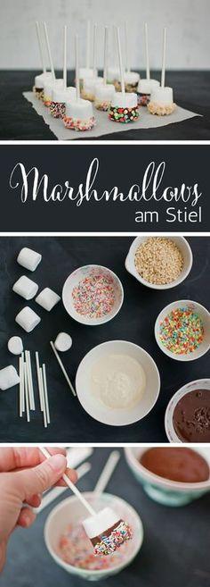 Leckere & einfache Marshmallows am Stiel von {nifty thrifty things}
