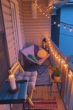 Cosy Apartment, Apartment Balcony Decorating, Apartment Balconies, Apartment Porch, Small Balcony Design, Small Balcony Decor, Outdoor Balcony, Patio Balcony Ideas, Small Balcony Furniture