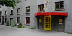 De gevel van het Huis van het Kind Antwerpen-Noord De Wijk.