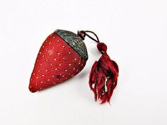 ANTIQUE-SIMONS-BROS-STRAWBERRY-FIGURAL-EMERY-STERLING-SILVER-SEWING-PIN-CUSHION