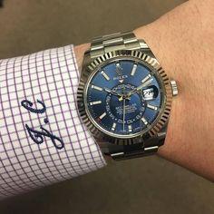 Stainless Blue SkyDweller is #Rolex #SkyDweller #326934 305-377-3335 www.diamomdclubmiami.com #Thewristwatcher #WatchLover #RolexWrist #WristPorn #Watchporn #WatchAddict #WatchLovers #WatchoftheDay #DailyWatch #WatchCollector #InstaWatch #LoveWatches #WristShot #LuxuryWatch #Rolexero #RolexWrist #WristEnthusiast #101031 photo by @thewristwatcher_ with