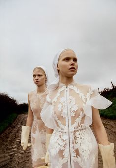 Clara Overgaard, Kadri Vahersalu, Lærke Simone by Michal Pudelka for Vogue Japan March 2016 7