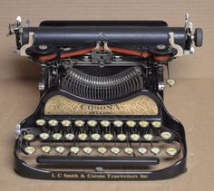 Rare Gold Panel LC Smith Corona Special Folding Typewriter In Case - Superb! #Corona
