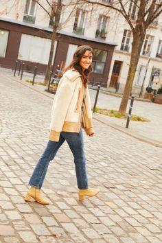 Juny Breeze: Inside her Parisian wardrobe | Vogue Paris Isabelle Adjani, Jeanne Damas, Victoria Beckham, Monsieur Paris, Parisian Wardrobe, Eighties Style, Chanel Lipstick, Egyptian Actress, Style Parisienne