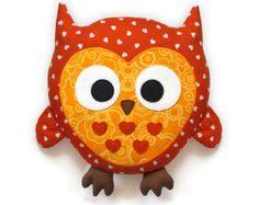 Owl Pattern plush pillow sewing pattern PDF von DIYFluffies