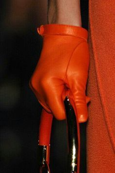 Love the little short gloves and orange leather so different! ~Christian Dior Leather Gloves~Christmas in Paris Cuir Orange, Orange Leather, Christian Dior, Looks Style, My Style, Look Fashion, Womens Fashion, Orange You Glad, Orange Fashion