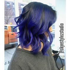 Shoutout to @skyestylezstudio for creating this beautiful #SparksColor balayage in #ElectricBlue and #PurplePassion. #bluehair #purplehair #brighthair #haircolor #sparks #sparkscolor #ombre #balayage #winterhair