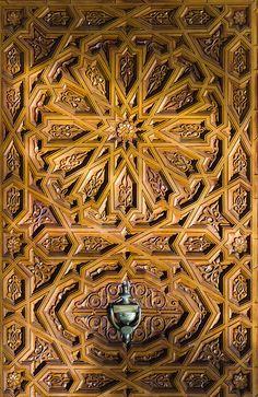 Moroccan Style Wood Door by Beum เบิ้ม Portƒolio, via Flickr