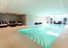 Casual swimming pool <3