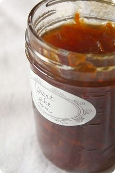 Carrot Cake Jam by Nutmeg Nanny This looks awesome! Need to use the pears and carrots I have from this year!