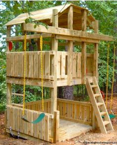 Awesome swing fort. I think I would do a sand pit on the bottom