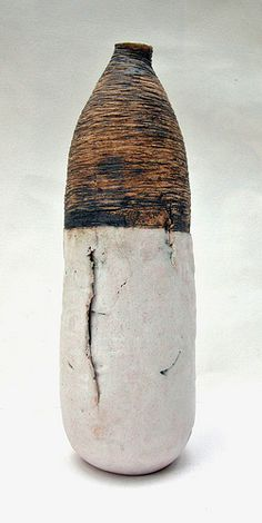 Ceramic clay art vessel by Heidi Soos - Highland Fairy. Pottery Sculpture, Pottery Vase, Ceramic Pottery, Wabi Sabi, Ceramic Pots, Ceramic Clay, Kintsugi, Earthenware, Stoneware
