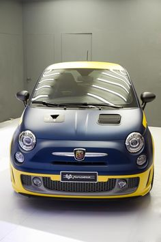 Fiat Abarth 695 Fiat 500e, Fiat Cinquecento, Fiat Abarth, E Boat, New Fiat, Steyr, Small Cars, Scorpion, Car Show