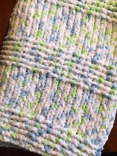 Cute Knit Rug Using Old T Shirts That S Right You Can