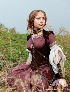 Medieval Renaissance Custom Linen Dress Archeress por armstreet