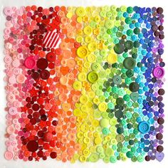 Anna Gragert Vibrant Rainbows Created Daily for 100 Days out of Everyday Objects - My Modern Met