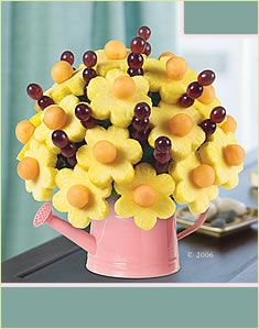Edible fruit bouquets are too cute