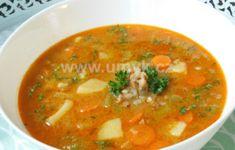 Polévky – U Miládky v kuchyni Thai Red Curry, Menu, Ethnic Recipes, Milan, Food, Menu Board Design, Essen, Meals, Yemek