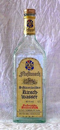 Cuisine maison, d'autrefois, comme grand-mère: Recette de kirsch, liqueur aux noyaux de cerises (...