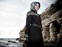 Hijab Fashion, Winter Jackets, Superhero, Model, Outfits, Winter Coats, Suits, Winter Vest Outfits