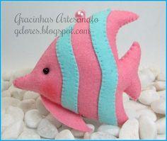Felt scented fish (sachet) Handmade by Gracinhas Artesanato Felt Crafts, Fabric Crafts, Sewing Crafts, Sewing Projects, Felt Fish, Diy Bebe, Felt Mobile, Felt Decorations, Felt Christmas Ornaments