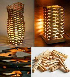 Clothespin's Lamp. Lampen aus Wäscheklammern Clothespin's Lamp . Lamps made of clothespins clothing ideas diy Craft Stick Crafts, Diy And Crafts, Arts And Crafts, Craft Ideas, Diy Ideas, Decor Ideas, Diy Luz, Luminaria Diy, Wooden Clothespins