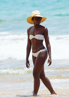 delevingned-deactivated20151023:  Lupita Nyong'o hits the beach in Wailea, Hawaii on June 4, 2014