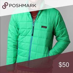 Unisex snow coat Unisex ski or snow coat. Green size small. Blue Squares Jackets & Coats Puffers