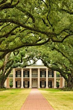 Greek-revival style antebellum home...maybe haunted!