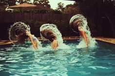 COOL PIC! Use to love doing this along with the Martha Washington hair do :)