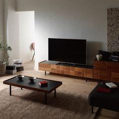 【受注生産】TVボード Maleza 幅180cm 完成品 テレビ台 ロータイプ おしゃれ 高級感 TV台 ローボード 収納 引き出し By Your Side, Low Tables, Flat Screen, Simple, Interior, Modern, Instagram, Blood Plasma, Trendy Tree