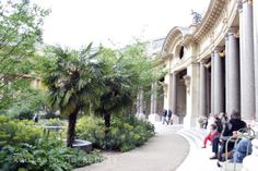 Petit Palais, Paris. Sidewalk, Paris, Blog, Pictures, Photos, Montmartre Paris, Side Walkway, Photo Illustration, Sidewalks