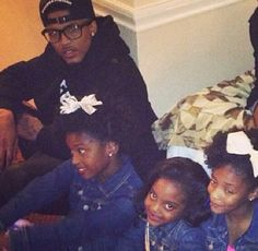 Awww they are so pretty his cute nieces