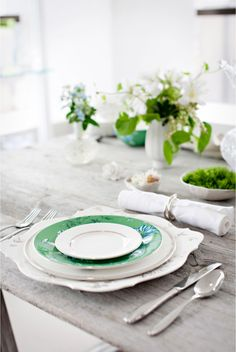 Simple green and white tablescape