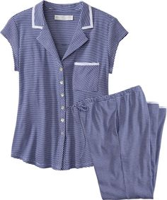 Night Suit, Night Gown, Girls Night Dress, Pyjamas, Pjs, Kurta Neck Design, Neckline Designs, Fashion Vocabulary, Pajamas Women