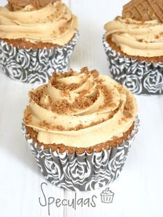 ~Cupcakes Speculaas~ For cute and sassy gifts for cupcake lovers, visit www.CuteAsACupcake.biz !