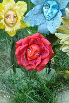 Alice In Wonderland Flowers, Alice In Wonderland Tea Party, Mad Hatter Party, Mad Hatter Tea, Alice In Wonderland Illustrations, Alice In Wonderland Paintings, Different Flowers, Silk Flowers, Garden Art