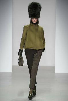 Daks RTW Fall 2014 - Slideshow - Runway, Fashion Week, Fashion Shows, Reviews and Fashion Images - WWD.com