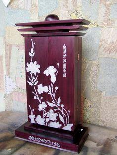 Buddhist Practices, Nature Center, Assemblage Art, Wall Sculptures, Buddhism, Samurai, Woodworking, Hand Painted, Japan
