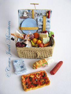 Filled picnic basket by IGMA Artisan Robin Brady-Boxwell
